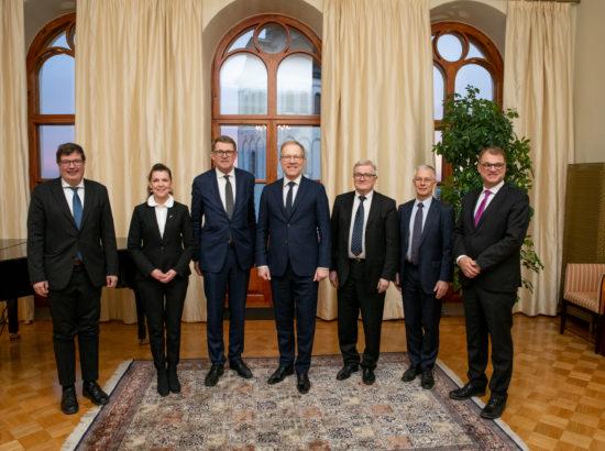 Riigikogu väliskomisjoni aseesimehe Marko Mihkelsoni ja Eduskunna esimehe Matti Vanhaneni kohtumine