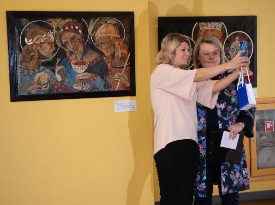 MTÜ Vene Muuseumi juhatuse liige Irina Budrik  ja Viktoria Ladõnskaja-Kubits