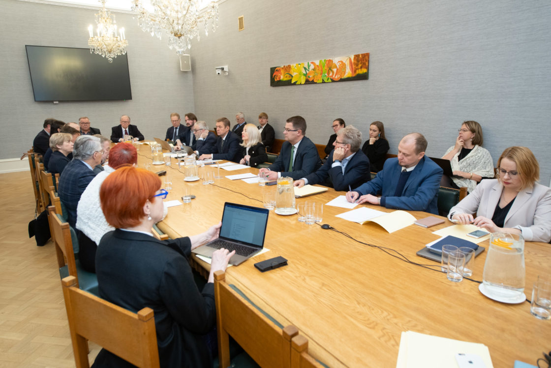 Väliskomisjoni ja kultuurikomisjoni ühisistung soome-ugri teemal