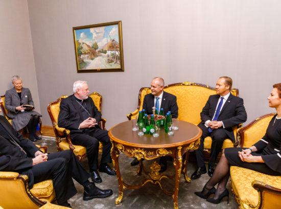 Kohtumine Vatikani välisministrer peapiiskop Paul Richard Gallagheriga