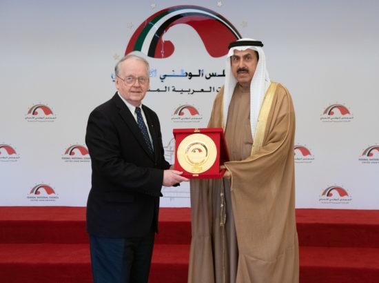Väliskomisjoni esimees Enn eesmaa ning Araabia Ühendemiraatide Föderaalse Rahvusnõukogu esimees Saqr Ghubash