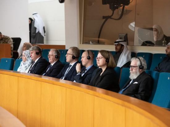 Väliskomisjoni delegatsioon Kuveidi Rahvuskogus