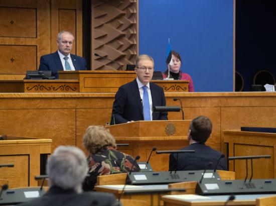 Täiskogu istung, välispoliitika arutelu olulise tähtsusega riikliku küsimusena. Väliskomisjoni aseesimehe Marko Mihkelsoni sõnavõtt.