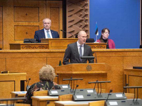 Täiskogu istung, välispoliitika arutelu olulise tähtsusega riikliku küsimusena. Väliskomisjoni liikme Raimond Kaljulaidi sõnavõtt.