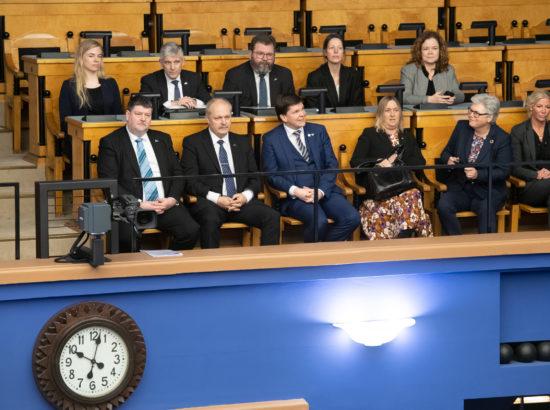 Riigikogu esimees Henn Põlluaas ja Rootsi parlamendi Riksdagi esimees Andreas Norlén Riigikogu täiskogu saalis