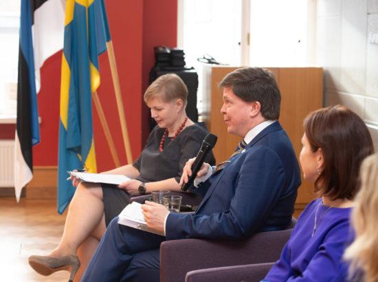 """Riksdagi esimees Andreas Norlén kõnelemas arutelul """"Digitehnoloogia: meie demokraatia võimalused ja ohud"""""""