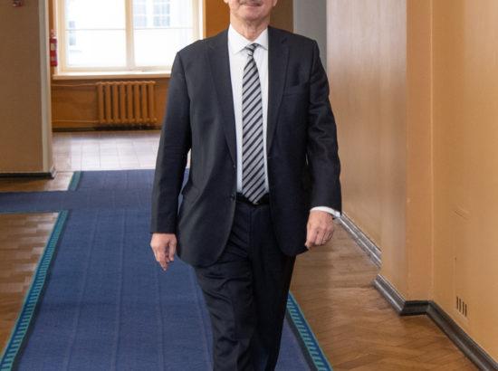 Riigikogu juhatuse valimised, 25. märts 2020
