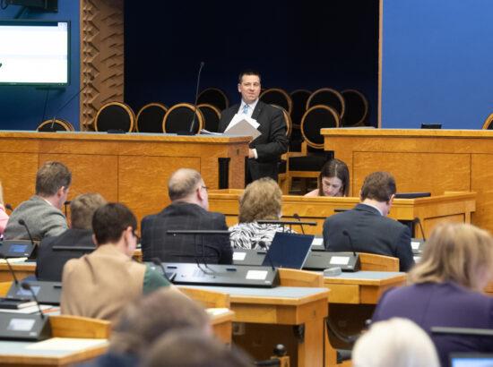 Riigikogu sai peaminister Jüri Rataselt ülevaate Eesti julgeolekupoliitika eesmärkide saavutamisest.