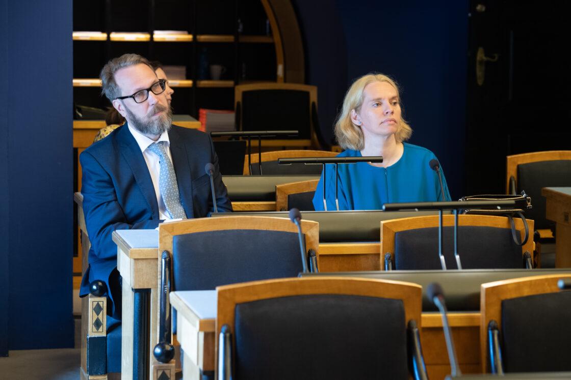 """Eesti inimarengu aruande """"Linnastunud ühiskonna ruumilised arengud"""" arutelu olulise tähtsusega riikliku küsimusena"""