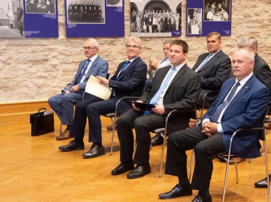 """Põhiseaduskomisjoni pidulik istung """"Rahvas kõrgeima riigivõimu kandjana"""""""