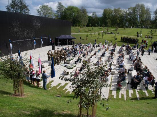 Totalitaarsete režiimide ohvrite mälestuspäev Maarjamäel