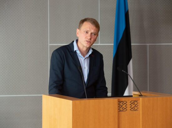 Riigikogu istungite stenografeerimise süsteemi Hans tutvustab Finestmedia divisjonijuht Lauri Esko