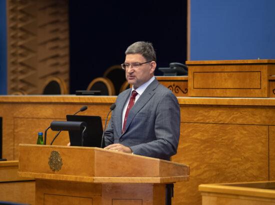Professor Irja Lutsar