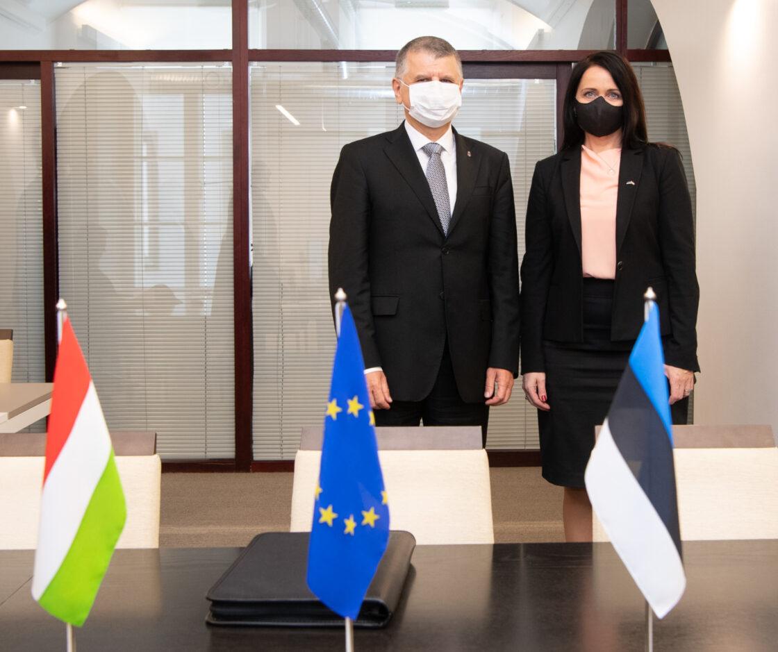 Ungari parlamendi esimees László Kövér ja Euroopa Liidu asjade komisjoni esimees Anneli Ott