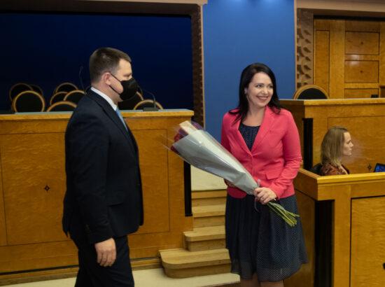 Täiskogu istung, riigihalduse ministri Anneli Oti ametivanne