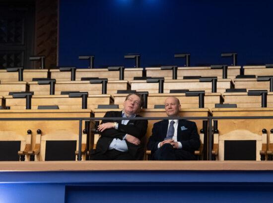 """Täiskogu istung, olulise tähtsusega riikliku küsimuse """"Estonia hukk – kas tõde tõuseb viimaks pinnale?"""" arutelu"""