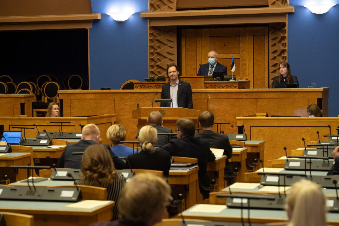 Täiskogu istung, rahandusminister Martin Helme umbusaldamine. Sotsiaaldemokraatliku Erakonna fraktsiooni esimees Indrek Saar.