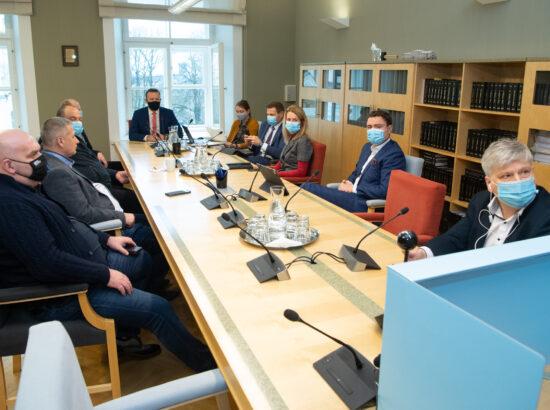 Põhiseaduskomisjoni esimehe ja aseesimehe erakorraline valimine