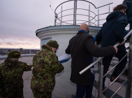 Lipuheiskamine koos Kaitseliidu Toompea malevkonna esindajatega