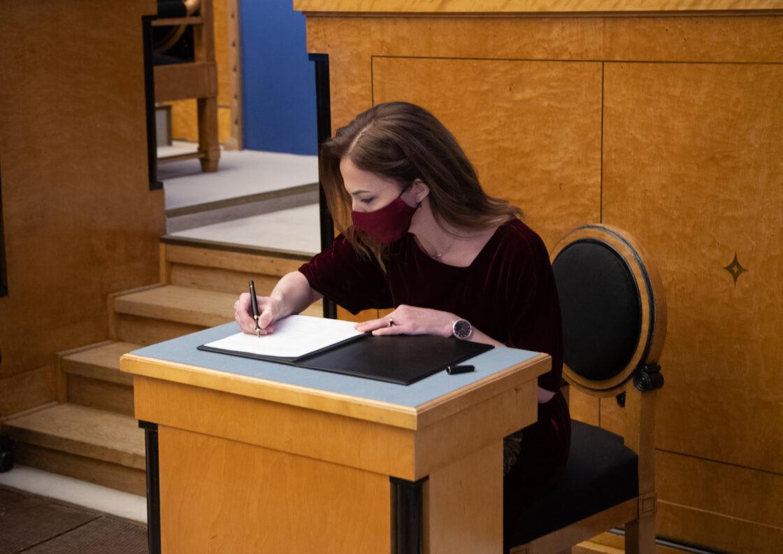 Täiskogu istung, uue valitsuse liikmed andsid ametivande, 26. jaanuar 2021. Haridus- ja teadusminister Liina Kersna.