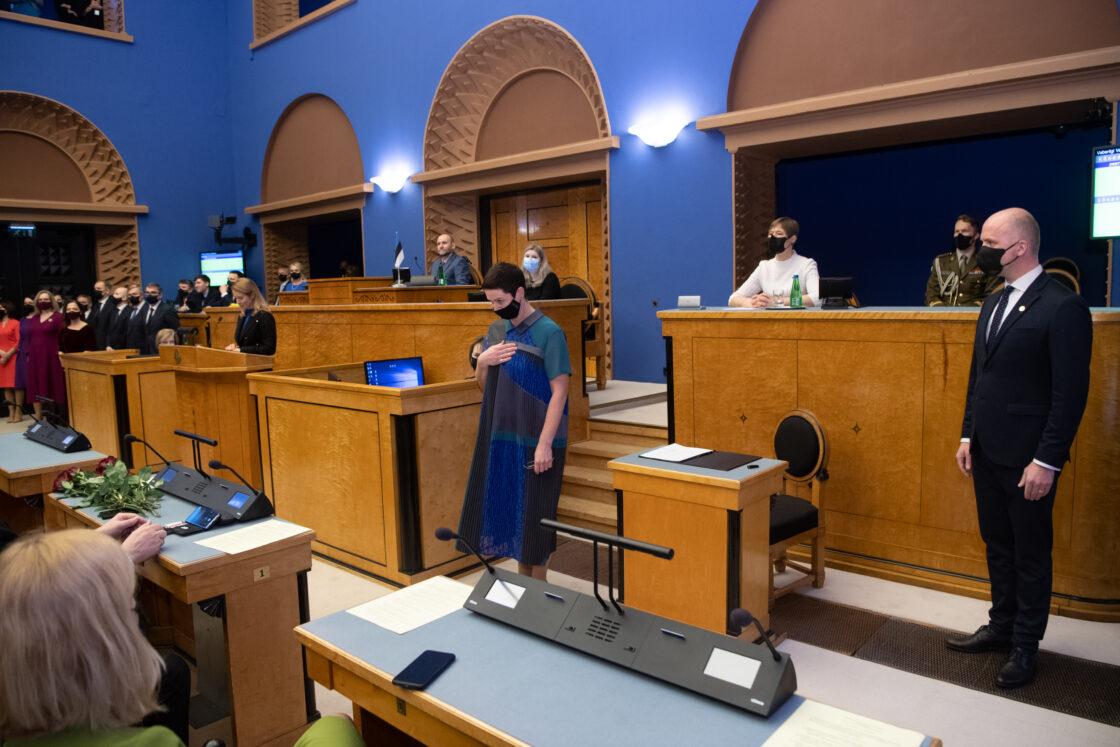 Täiskogu istung, uue valitsuse liikmed andsid ametivande, 26. jaanuar 2021. Sotsiaalkaitseminister Signe Riisalo.