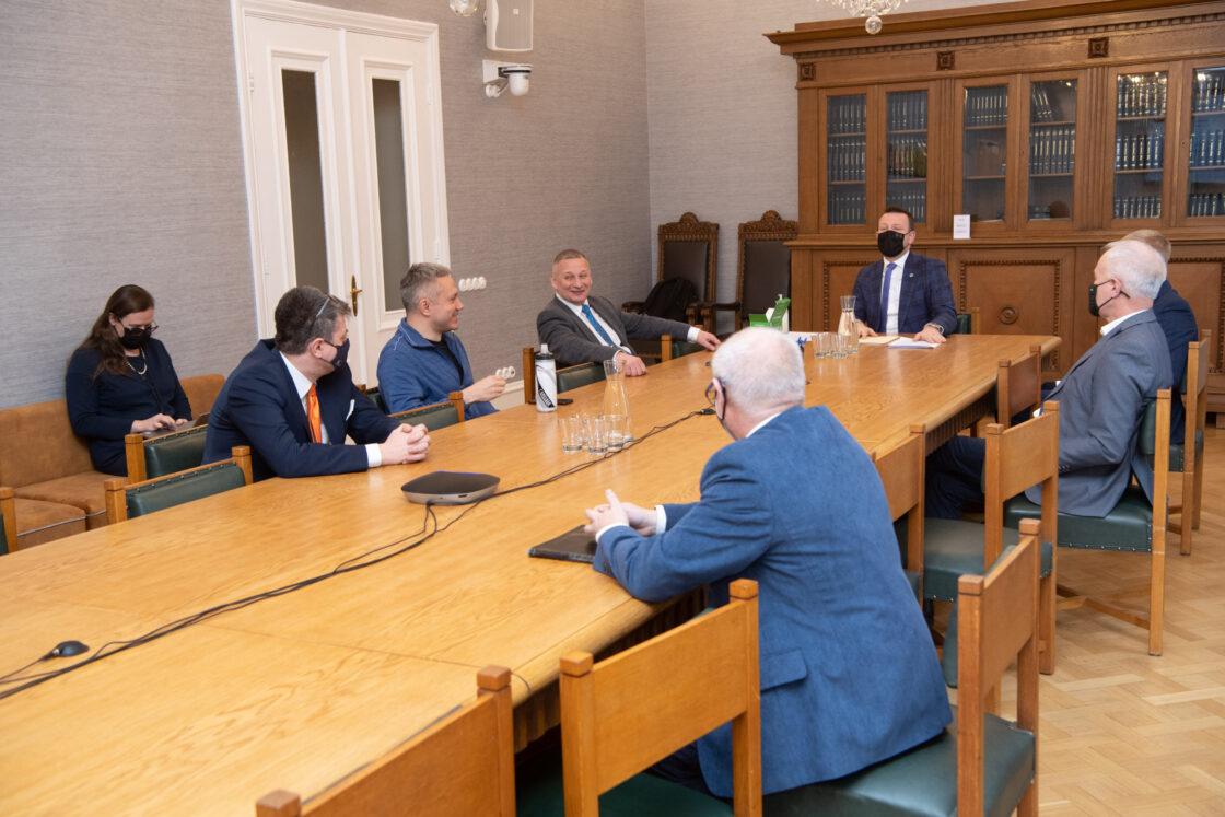 Valimised põhiseaduskomisjonis