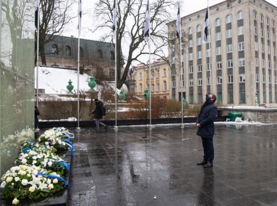 Eesti Vabariigi 103. aastapäeva lipuheiskamise tseremoonia. Riigikogu esimees Henn Põlluaas.