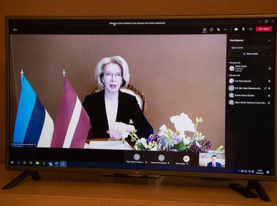 Riigikogu esimehe Jüri Ratase kohtumine Läti parlamendi esimehe Ināra Mūrniece'ga