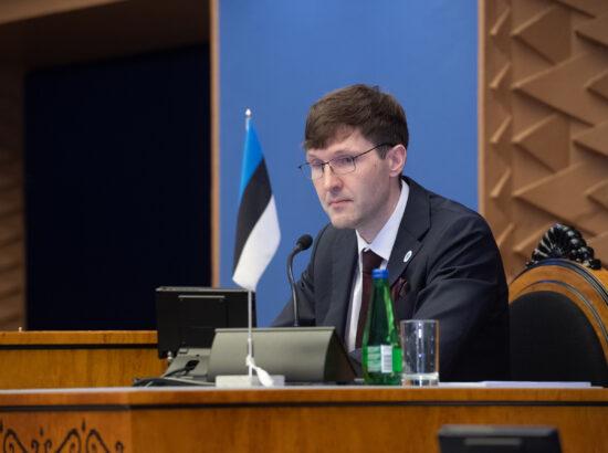 Riigikogu täiskogu istung. Riigikogu aseesimees Martin Helme.