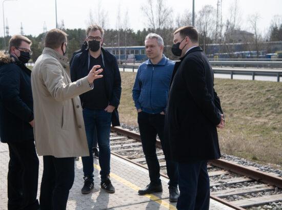 Riigikogu esimehe Jüri Ratase visiit Pärnumaale. Rail Balticu peatuses.