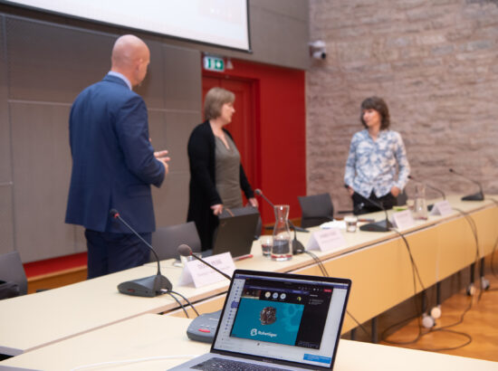 Keskkonnakomisjoni liikmed Rohetiigrit tutvustaval seminaril, 2. juuni 2021