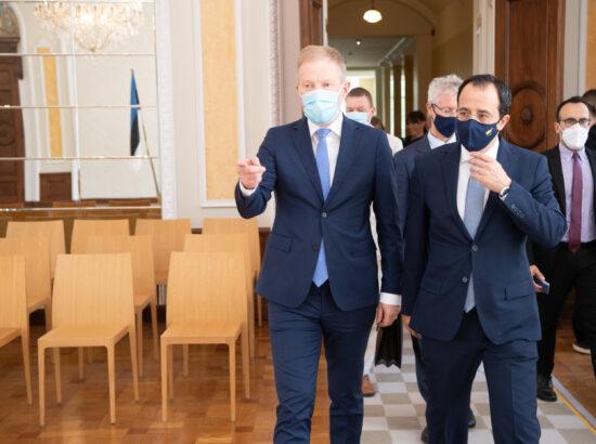 Väliskomisjoni esimees Marko Mihkelson ja Küprose välisminister Nikos Christodoulides