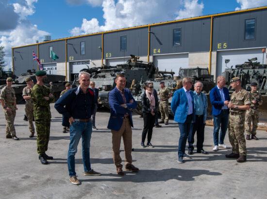 Riigikaitsekomisjoni ja väliskomisjoni väljasõit Tapal paiknevasse 1. jalaväebrigaadi
