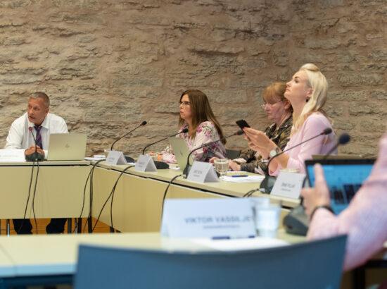 Sotsiaalkomisjoni erakorraline istung COVID-19 ja vaktsineerimisega seotud küsimustest, 11. august 2021