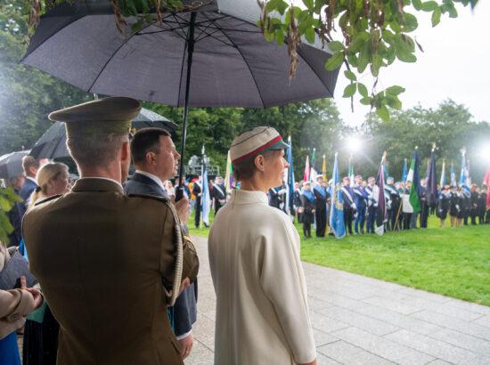 Pidulik riigilipu heiskamine Pika Hermanni torni