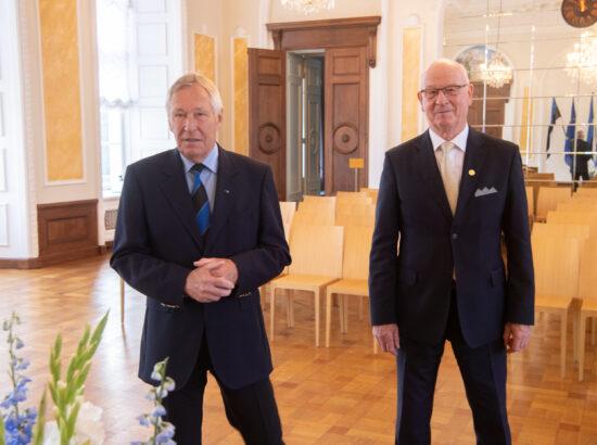 Endised Riigikogu esimehed Toomas Varek ja Toomas Savi