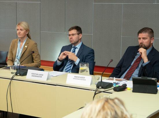 Välisminister Eva-Maria Liimets ning siseminister Kristian Jaani