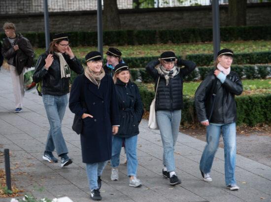 Riigikogu esimees Jüri Ratas tervitas iseseisvuse taastamise 30. aastapäeva sündmuste raames riigilipu heiskamist jälgima tulevaid Tallinna Reaalkooli gümnaasiumiõpilasi