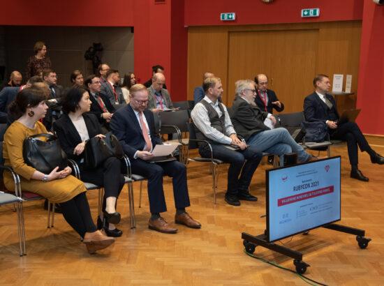 """Väliskomisjoni aseesimees Mihhail Lotman avas Valgevene opositsiooni konverentsi """"Rubycon-2021 – Valgevene mineviku ja tuleviku vahel"""""""