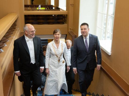 Valitud president Alar Karis, president Kersti Kaljulaid ning Riigikogu esimees Jüri Ratas