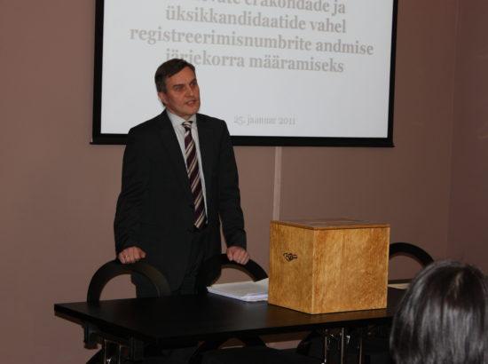 Kandideerimisnumbrite jaotamine (liisuheitmine) 2011